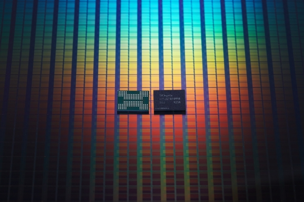 SK hynix kick-starts mass production of world's first 1Tb 4D NAND flash