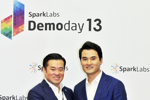 Retired MLB pitcher hopes to give back as SparkLabs partner