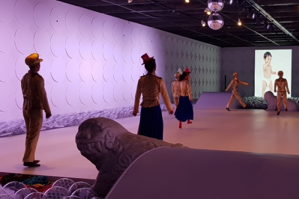 Ahn Eun-me turns museum space into dance stage