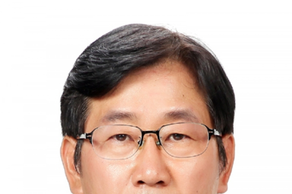Cheong Wa Dae replaces two key communication secretaries