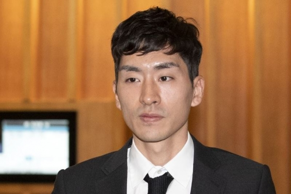 Olympic speed skating champion Lee Seung-hoon suspended for 1 yr over assault allegations