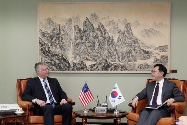 Nuke envoys of S. Korea, US discuss cooperation ahead of working-level talks with N. Korea