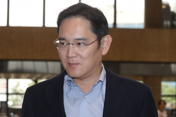 Samsung heir's extended Japan trip raises concerns