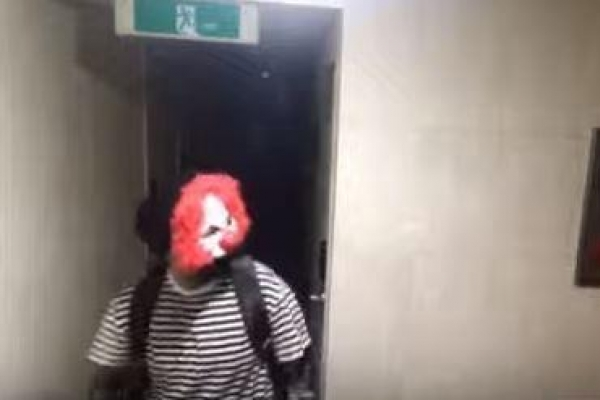Video of man in clown mask attempting burglary a viral marketing stunt