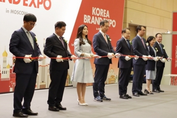 [News Focus] Korea falling behind in GDP, exports
