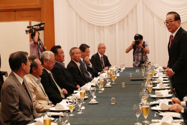 S. Korean parliamentary delegation visits Japan over trade row
