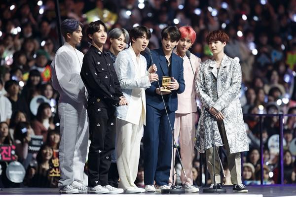 Asia's biggest K-pop awards MAMA reconsiders Japan, Hong Kong as event venues