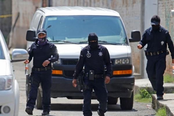 다리에 내걸린 시신들…멕시코 갱 다툼에 살해된 시신 19구 발견