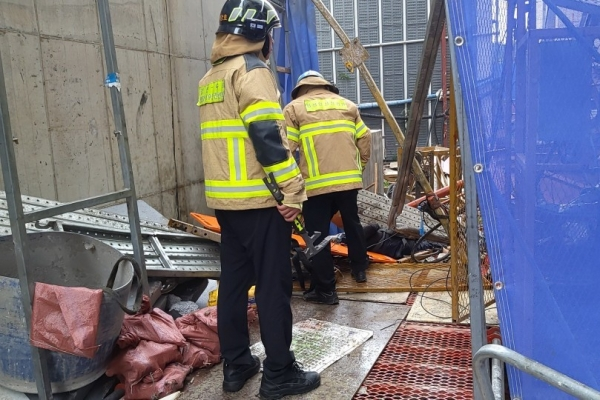 Five feared dead or injured in elevator crash at construction site