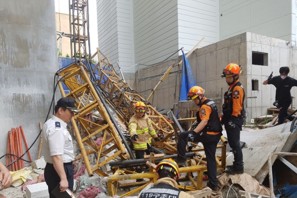 Three workers killed in elevator crash
