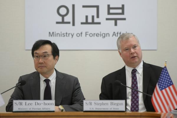 Biegun's Seoul visit raises expectations for resumption of working-level nuclear talks