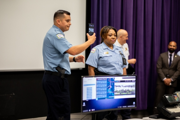 Samsung DeX solution to offer Chicago police digital access