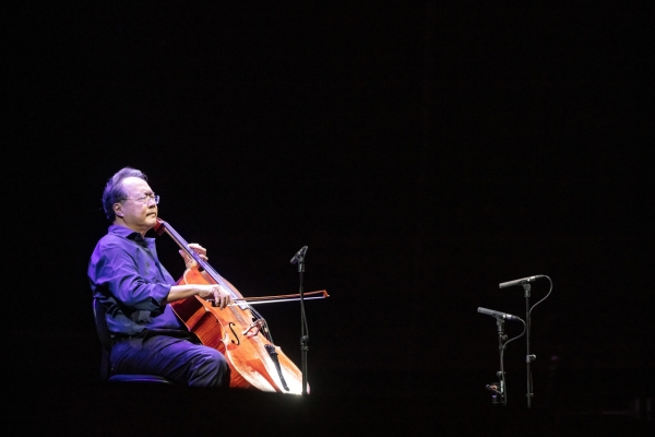 [Herald Review] Yo-Yo Ma 'saves' Korea with Bach's cello suites