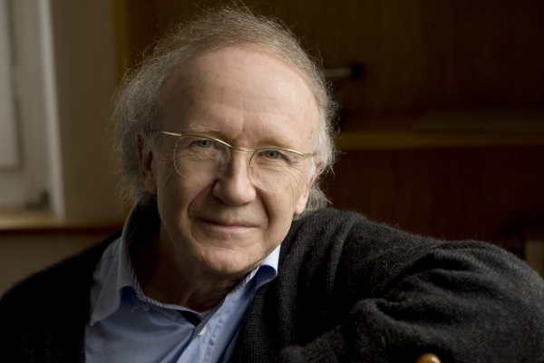 Holliger, Saariaho win Isang Yun International Composition Award