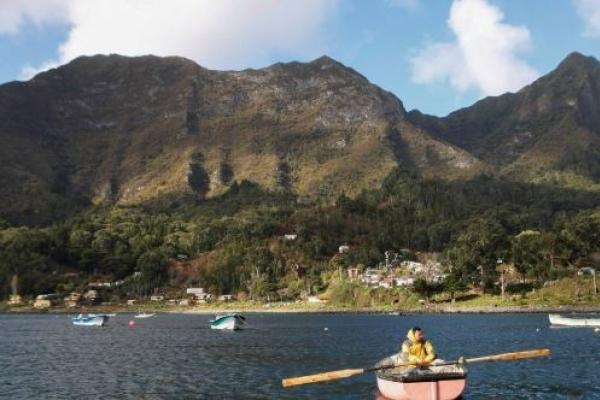 칠레 로빈슨 크루소섬 '보물찾기' 둘러싸고 환경 파괴 논란
