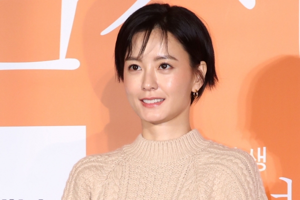 Director says 'Kim Ji-young, Born 1982' a story that 'must be told'