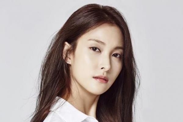 카라 출신 박규리, 동원건설 창업주 장손과 열애