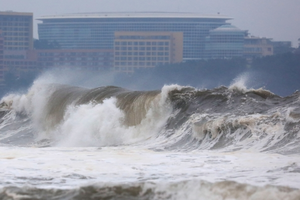 South Korea braces for typhoon as Mitag batters Jeju
