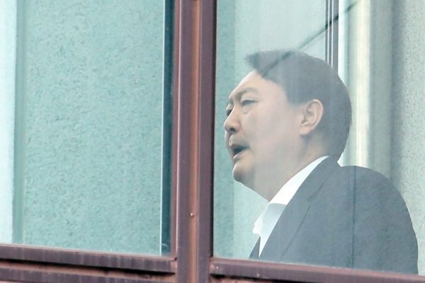 Prosecution denies reports of chief prosecutor's connection to sex scandal