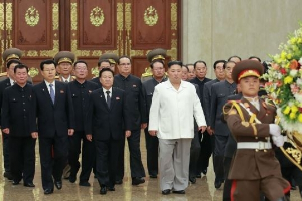 Kim Jong-un visits mausoleum on party anniversary