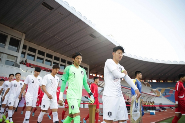 S. Korea held scoreless by N. Korea in chippy World Cup qualifier