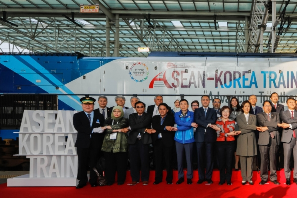 [Photo News] ASEAN-Korea Train Launch