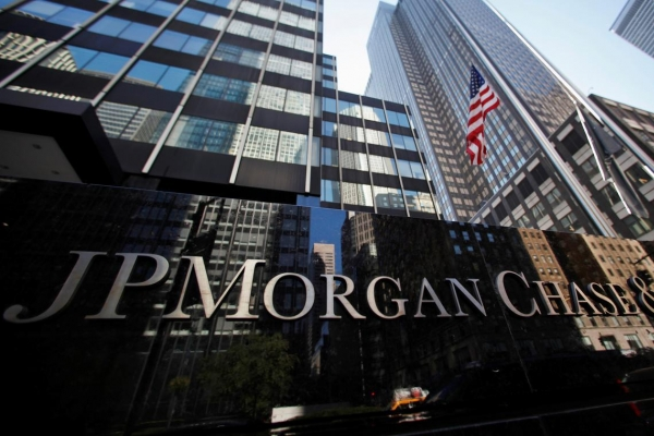 [Newsmaker] JP Morgan Chase, Societe General bagged W8b from controversial derivatives products: data