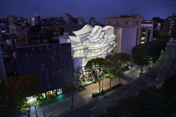 Frank Gehry-designed Louis Vuitton flagship store opens in Seoul