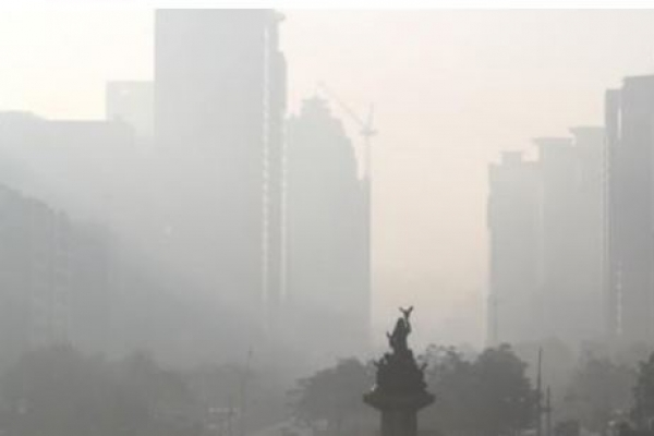 Govt. unveils tough anti-dust measures, as fine dust blankets much of Korea for 2nd day