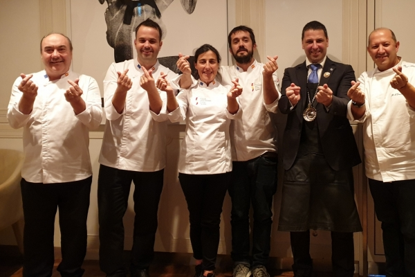 [Diplomatic circuit] Leading Spanish chefs, sommelier offer a glimpse of country's healthy cuisine