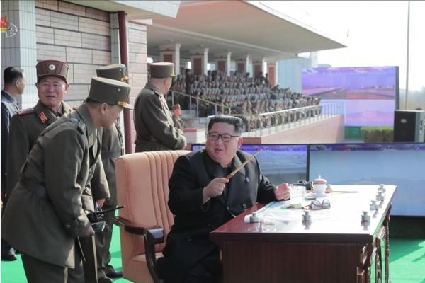 Kim watches airborne landing training, urges improved war preparedness