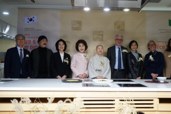 Rice connects cuisines of Italy, Korea
