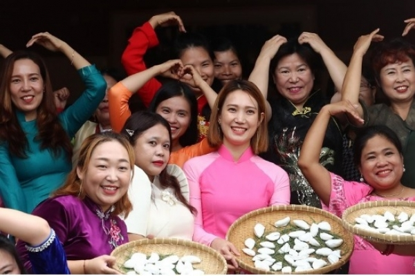 Korea to enhance protection of foreign wives from violence