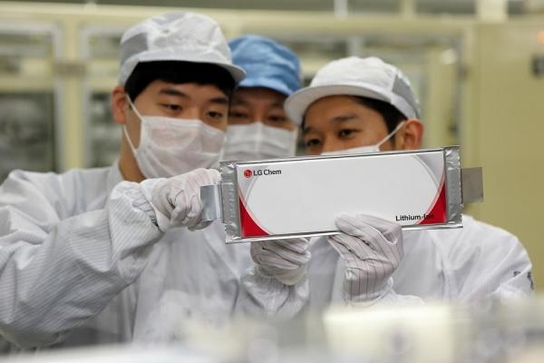 Korean EV battery makers' market share sharply up in Sept.