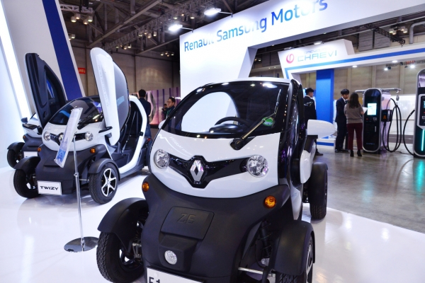 [ASEAN-Korea summit] Smart plant solutions, green cars eye fast-growing ASEAN markets