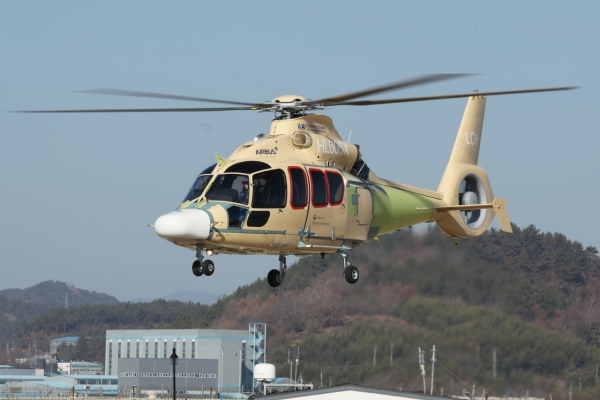 KAI succeeds in first flight of light civil helicopter