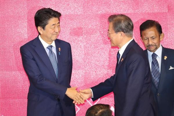 N. Korea threat looms as China, Japan, S. Korea leaders meet