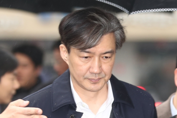 Ex-justice minister denies power abuse allegations