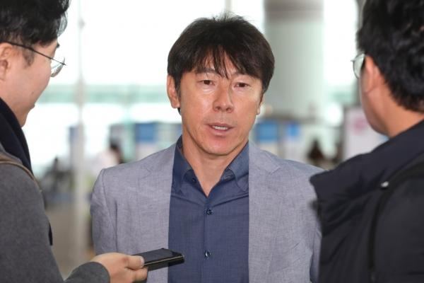 Ex-South Korea coach Shin to take over struggling Indonesia