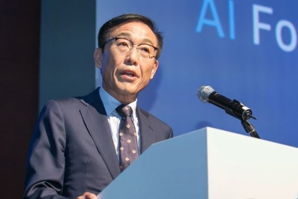 [Exclusive] Samsung vice chairman says memory market is recovering