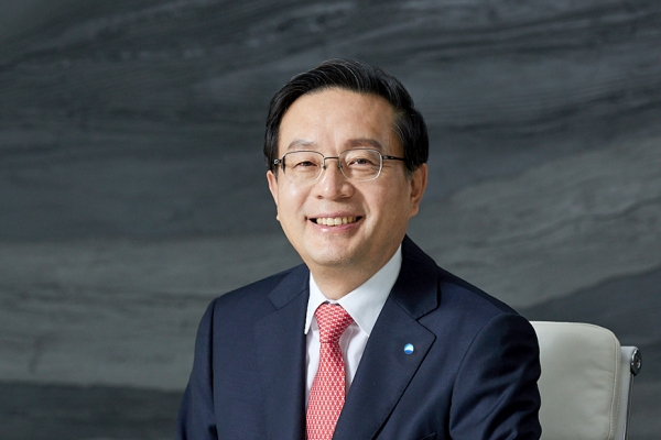 Woori mulls appointment of new bank chief over possible FSS sanctions