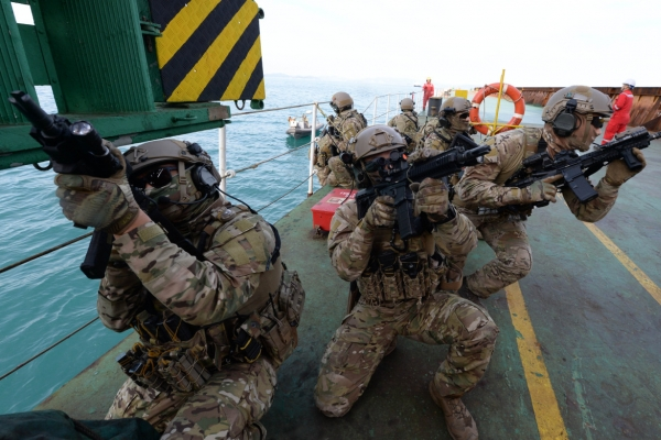 Anti-piracy unit's mission expanded to include Hormuz Strait near Iran