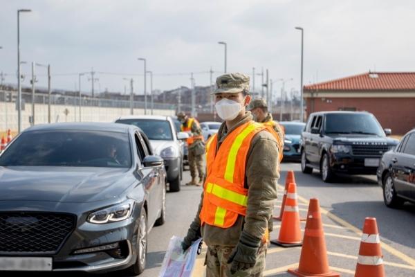 USFK commander calls for high vigilance against coronavirus