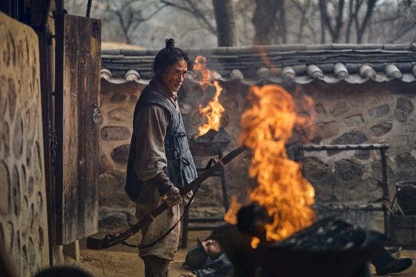 [Herald Interview] Yeong-shin has own story to tell in 'Kingdom'
