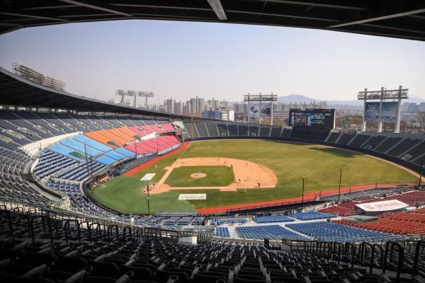 Baseball league mulling shortening season over coronavirus