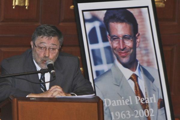 Pakistan overturns Briton's death sentence in Daniel Pearl murder