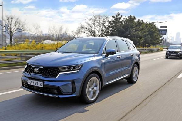 [Behind the Wheel] New Sorento's spaciousness threatens other family SUVs