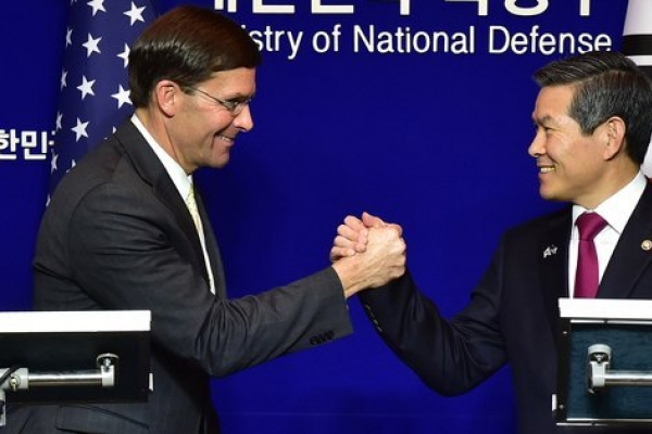 Defense ministers of Seoul, Washington discuss defense cost-sharing deal