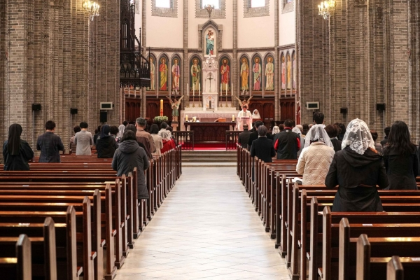 Number of Catholics edges up 0.8% in S. Korea in 2019