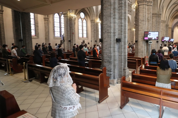 Religious services still in anti-virus mode due to resurgence of cases